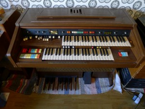 Hammond Composer 142