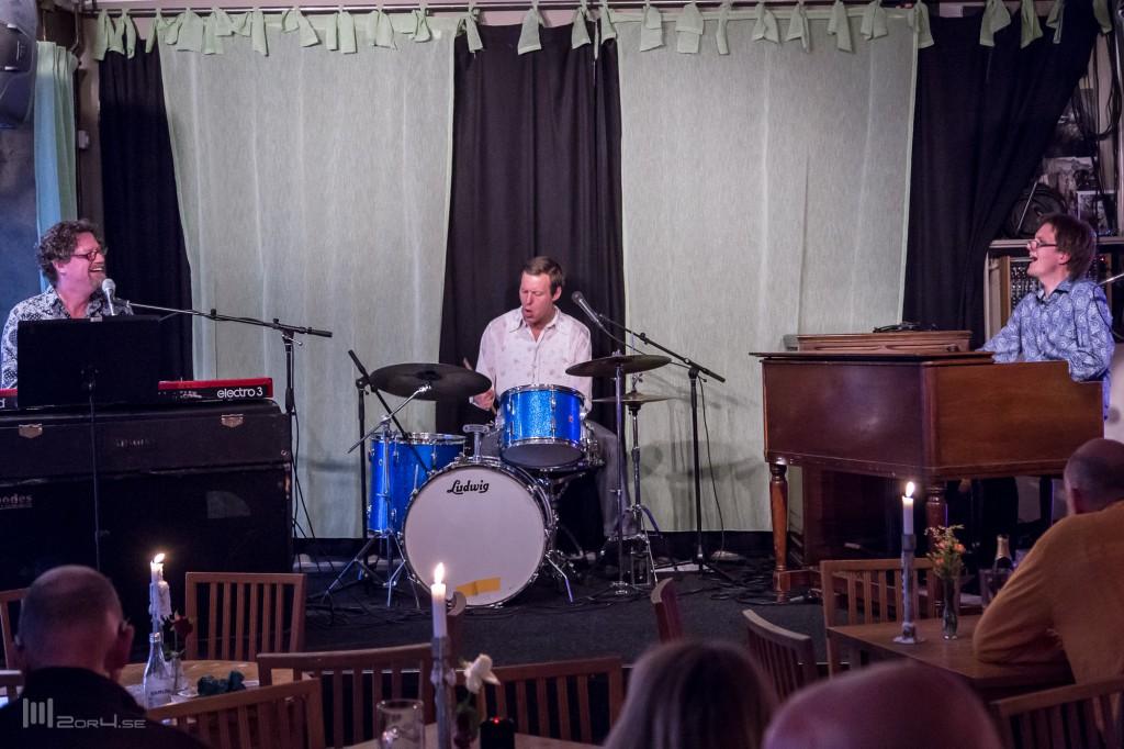 Boheme at Pub 19