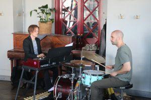 Duo w. Robert Ikiz @ Restaurang Mosebacke, Stockholm